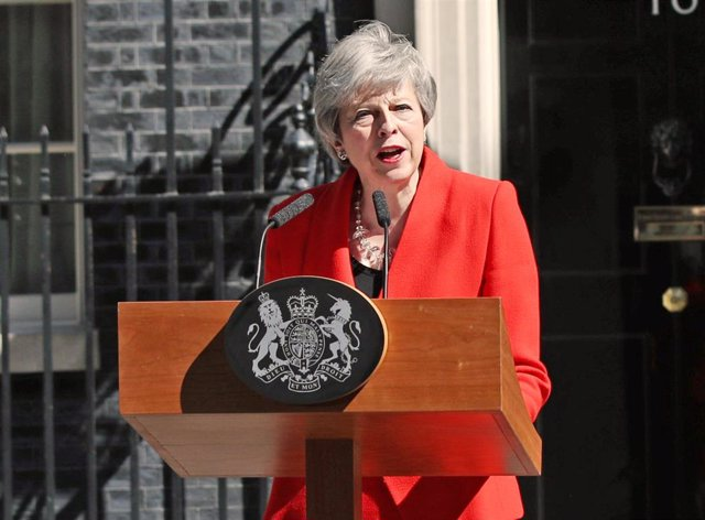 British Prime Minister May announces resignation in London