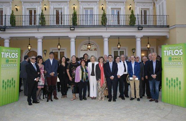 Los escritores Miguel Ángel Carcelén, Josué Sánchez y Toni Quero, ganadores de los Premios Tiflos de Literatura 2018
