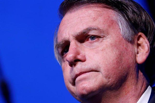 Brasil.- Los brasileños que rechazan la gestión de Bolsonaro superan por primera vez a quienes le apoyan