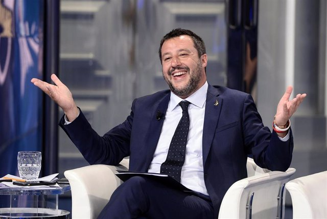 Italia.- Nuevo choque entre Salvini y Di Maio a tres días de las europeas
