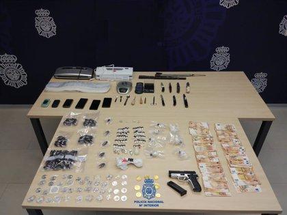 Detienen en Santander a dos hermanos por venta de cocaína y hachís y con armas