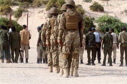 Un soldado impide un atentado en Somalia tras identificar y reducir a un terrorista suicida
