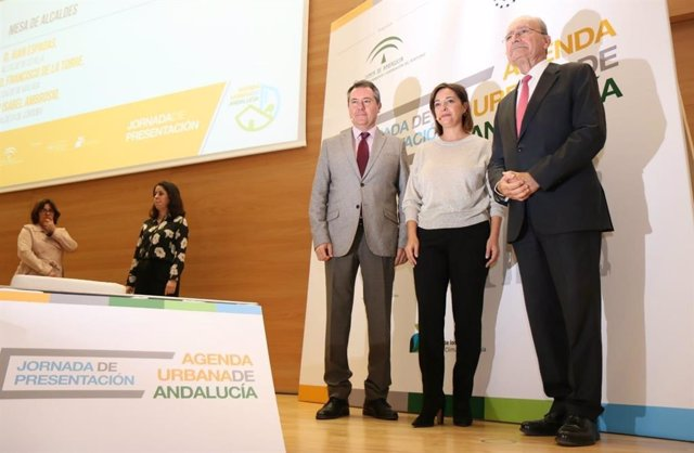 26M.- PSOE-A Gobierna Actualmente En 449 Municipios; PP-A, En 179; IULV-CA, En 81; Cs, En 4, E Independientes En XX