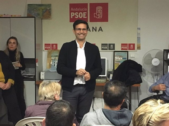 El candidato a la Secretaría General del PSOE de la capital, Francisco Cuenca.