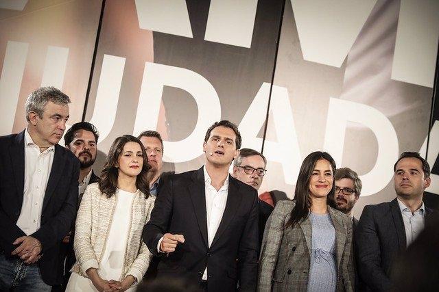 26M.- Rivera Convierte La Campaña Electoral En Una Carrera Para Desbancar Al PP Como Líder De La Oposición A Sánchez