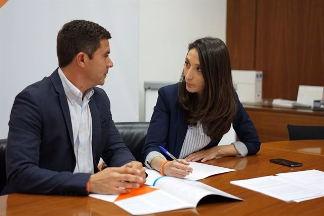 """Cs se reúne con Unicef para """"darle voz a sus propuestas en el Parlamento"""""""