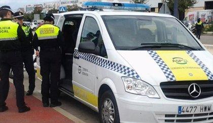 Investigado un conductor en Talavera la Real que triplicaba la tasa de alcoholemia tras golpear a otro coche