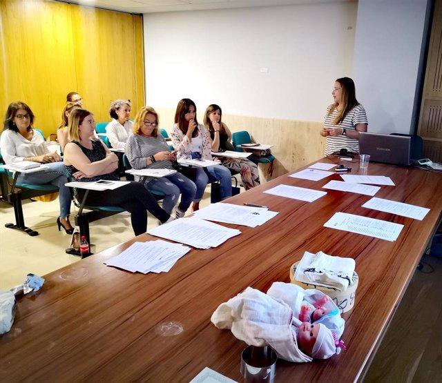 Granada.- El Colegio de Enfermería forma a los profesionales en atención y acompañamiento en muerte perinatal