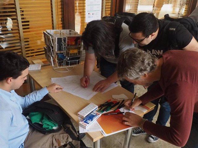 Unas 80 personas asisten en el ParcBit al I Encuentro de comunidades tecnológicas de Mallorca