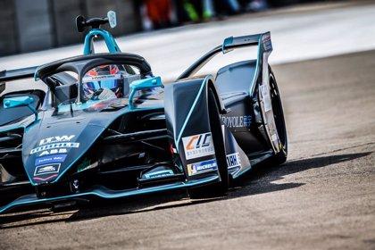 El brasileño Di Grassi gana la carrera de Fórmula E en Berlín