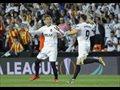 El Valencia borda su centenario quitando la corona al Barça