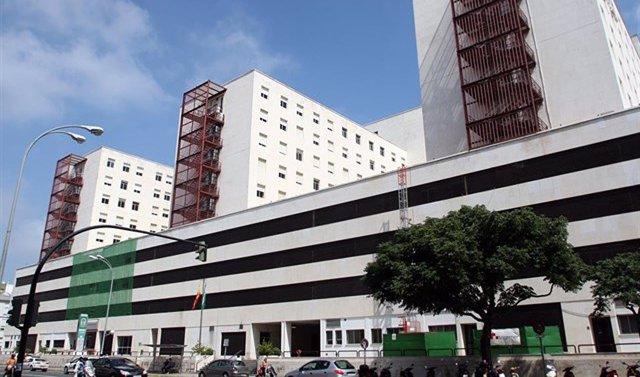 Cádiz.-Sucesos.- Agredidos dos médicos de Urgencias en el Hospital Puerta del Mar
