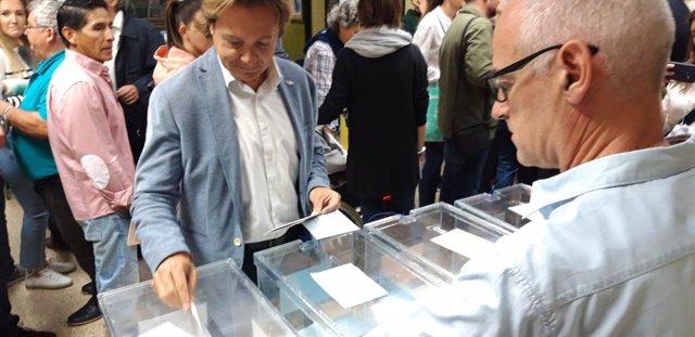 """26M.- A.- Campos (Vox): """"Les meves Sensacions Són Molt Bones, Igual De Bones Que En Les Últimes Eleccions Generals"""""""