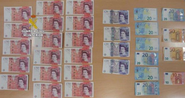 Successos.- Detenen cinc persones en Santa Ponça per falsificar monedes mentre estaven de vacances