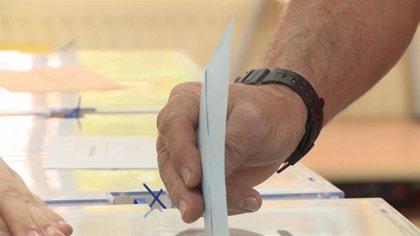 La participación hasta las 14,00 en las autonómicas en Extremadura es del 40,19%