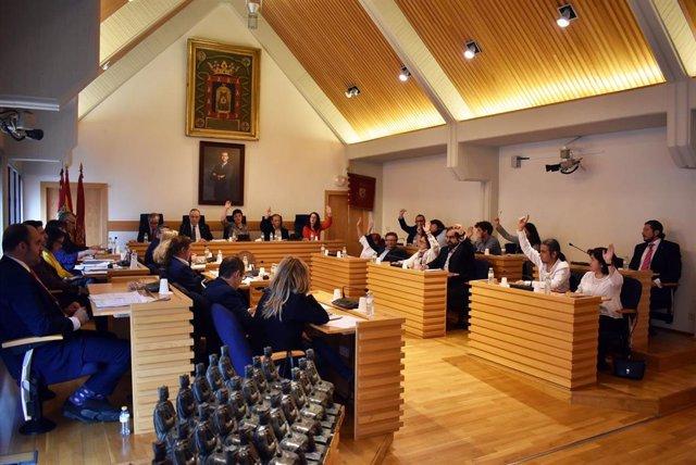El pleno de Ciudad Real aprueba destinar 3,9 millones de euros del superávit a 18 proyectos financieramente sostenibles