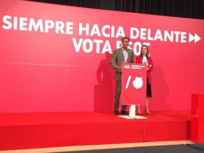 """López Aguilar (PSOE) celebra la """"clara"""" victoria en las europeas y espera que sea """"la primera de la noche"""""""