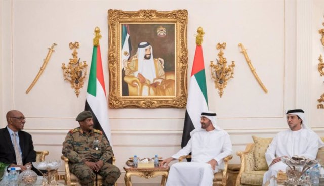Sudán.- El líder de la junta militar sudanesa prosigue en Emiratos su ronda de contactos internacionales