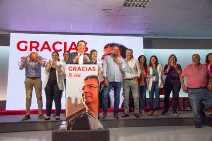 El PSOE consigue mayoría absoluta en Extremadura, el PP pierde ocho diputados, y Vox no entra en la Asamblea