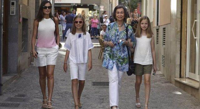 La Reina Letizia, Kate Middleton, Meghan, Sofía Palazuelo: Peligra su calzado favorito
