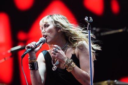 Miley Cyrus anuncia nuevo álbum y estrena tres canciones