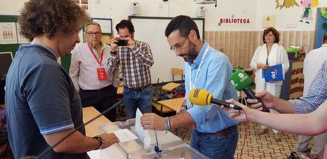 Cádiz.-26M-M.-Franco (La Línea 100 por 100) logra una sobrada mayoría absoluta en La Línea ganando 21 de 25 concejales