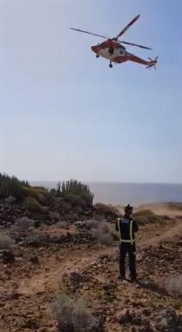 Sucesos.- Rescatan a una varón tras sufrir un desvanecimiento en el Faro de La Rasca (Tenerife)