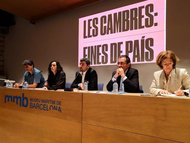 """La futura Cámara de Barcelona preguntará si se tiene que implicar en """"hacer efectiva la república"""""""