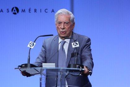 Escritores y editores firman un manifiesto contra la Bienal de Novela Mario Vargas Llosa por la falta de mujeres