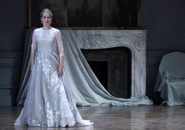 'Capriccio' Entusiasma Al Público Del Teatro Real, Que Responde Con Aplausos Al Dilema Entre Letra Y Música