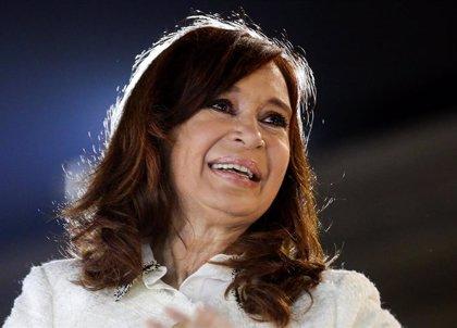 La expresidente argentina Cristina Fernández acude a la segunda jornada del juicio en su contra