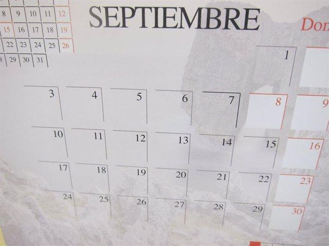 Calendario 2020 Con Festivos.Aprobado El Calendario De Dias Festivos De 2020 En Extremadura