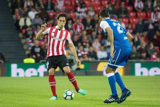 Etxeita of Athletic Club and Celso Borges of RC Deportivo in action during the Santander League (La Liga) match played in San Mames Stadium between Athletic Club and RC Deportivo in Bilbao, Spain, at Abr. 14th 2018. Photo UGS/AFP7