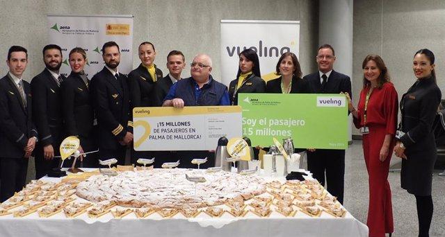 Vueling celebra en l'Aeroport de Palma els 15 milions de passatgers transportats a la capital mallorquina