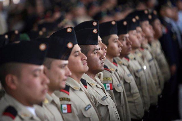 El Ejército mexicano guarda silencio en la disculpa del Estado por el asesinato de dos estudiantes a manos de militares