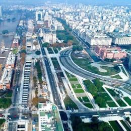 Macri inaugura una de las mayores infraestructuras del país mientras Fernández de Kischner enfrenta un nuevo juicio oral