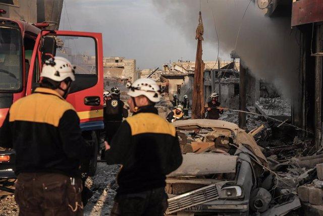 AMP.- Siria.- Mueren once personas en una serie de bombardeos y ataques con artillería del Ejército de Siria en Idlib