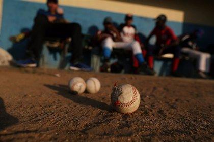 Cuba, ausente en un torneo de béisbol en Canadá por la suspensión de emisiones de visados en La Habana