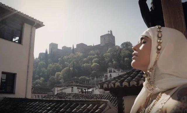 Vinila Von Bismark presenta impactante e inquietante videoclip rodado en Granada: en Quejío Nazarí