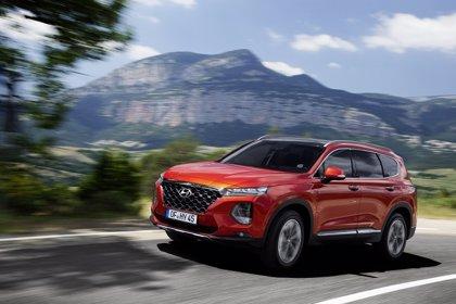 Hyundai amplía el paquete de seguridad del nuevo Santa Fe con el monitor de ángulo muerto