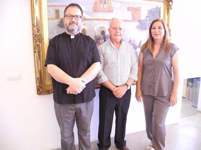 Sant Antoni aporta 10.000 euros a Cáritas para que se sigan ofreciendo en el municipio distintos servicios de atención