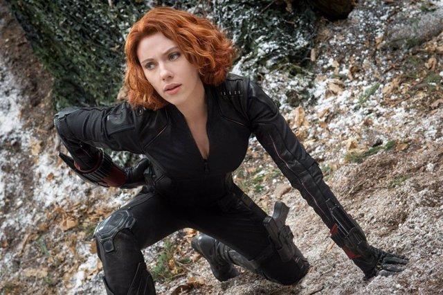 Scarlett Johansson es Viuda Negra