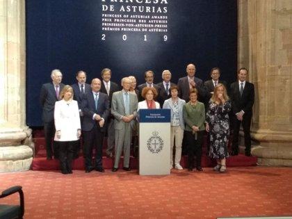 """El jurado destaca las """"fundamentales aportaciones al estudio de migraciones"""" del profesor Portes"""