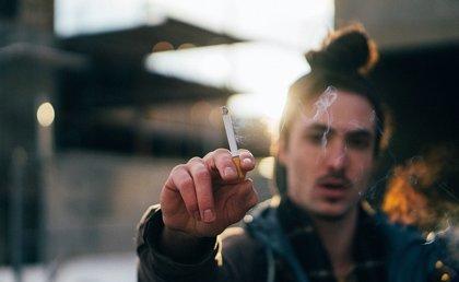 Entre el 75 y el 90% de pacientes con cáncer oral son fumadores habituales