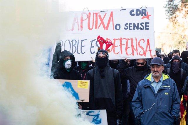 Actuación de los Mossos d'Esquadra durante las manifestaciones de Barcelona contra la celebración del Consejo de Ministros