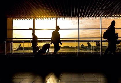 El tráfico aéreo mundial de pasajeros crece un 4,3% en abril y cae un 4,7% el de carga