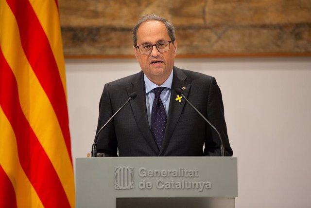 Compareixena de Quim Torra per fer una declaració institucional  en el Palau de la Generalitat, Barcelona