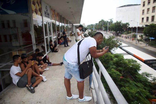 """Cuba se echa a la calle este miércoles ante las renovadas amenazas de """"embargo total"""" de EEUU"""