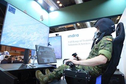 Indra e iAlitude crean un simulador que entrena a pilotos de combate para volar con falta de oxigeno en cabina