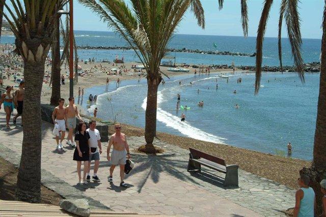 Tenerife lanza una campaña para impulsar la llegada de turistas de Bélgica y Holanda